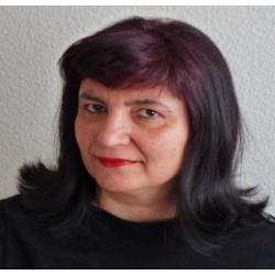 Евелина Ламбрева Йекер